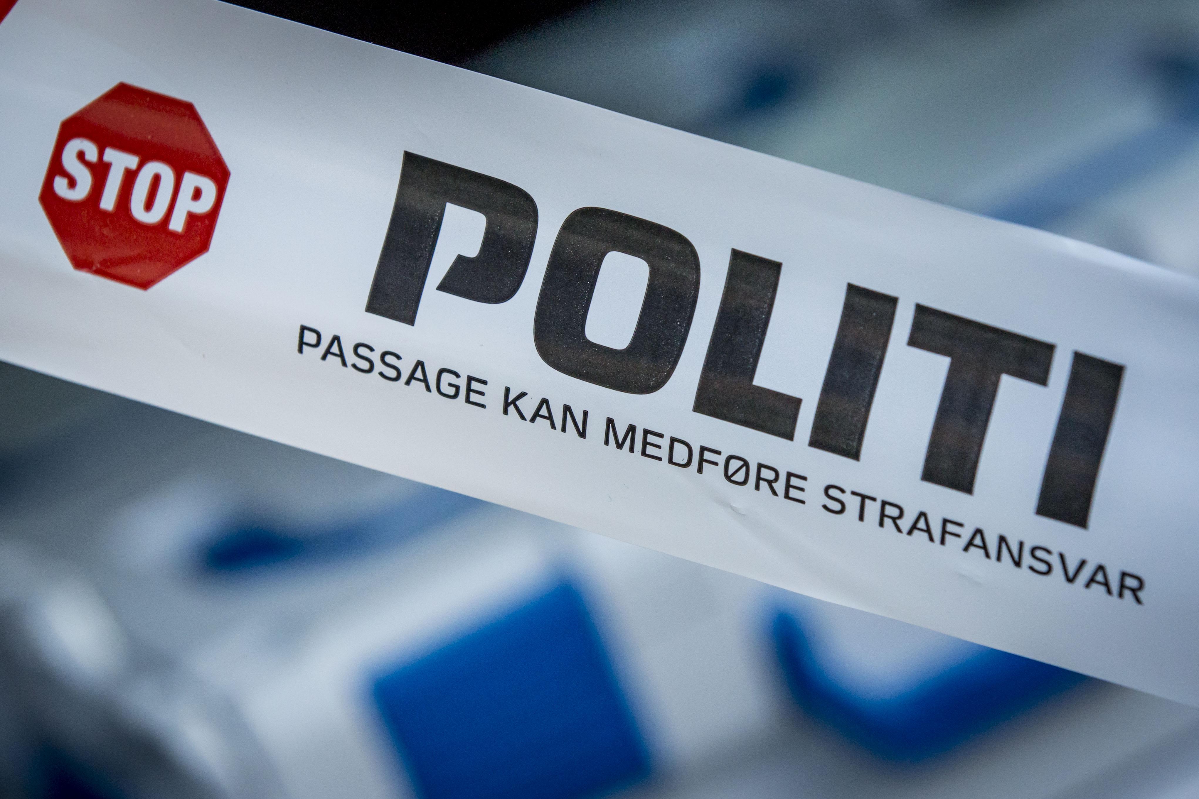 NYT I DRABSAG : POLITIET FINDER BIL OG LIG I KOLDING HAVN