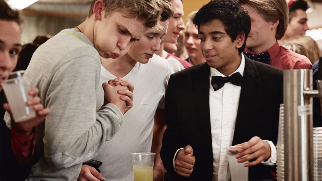 De fleste forældre tager ansvar for deres teenageres alkoholforbrug : gør du?