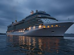 Celebrity Eclipse11