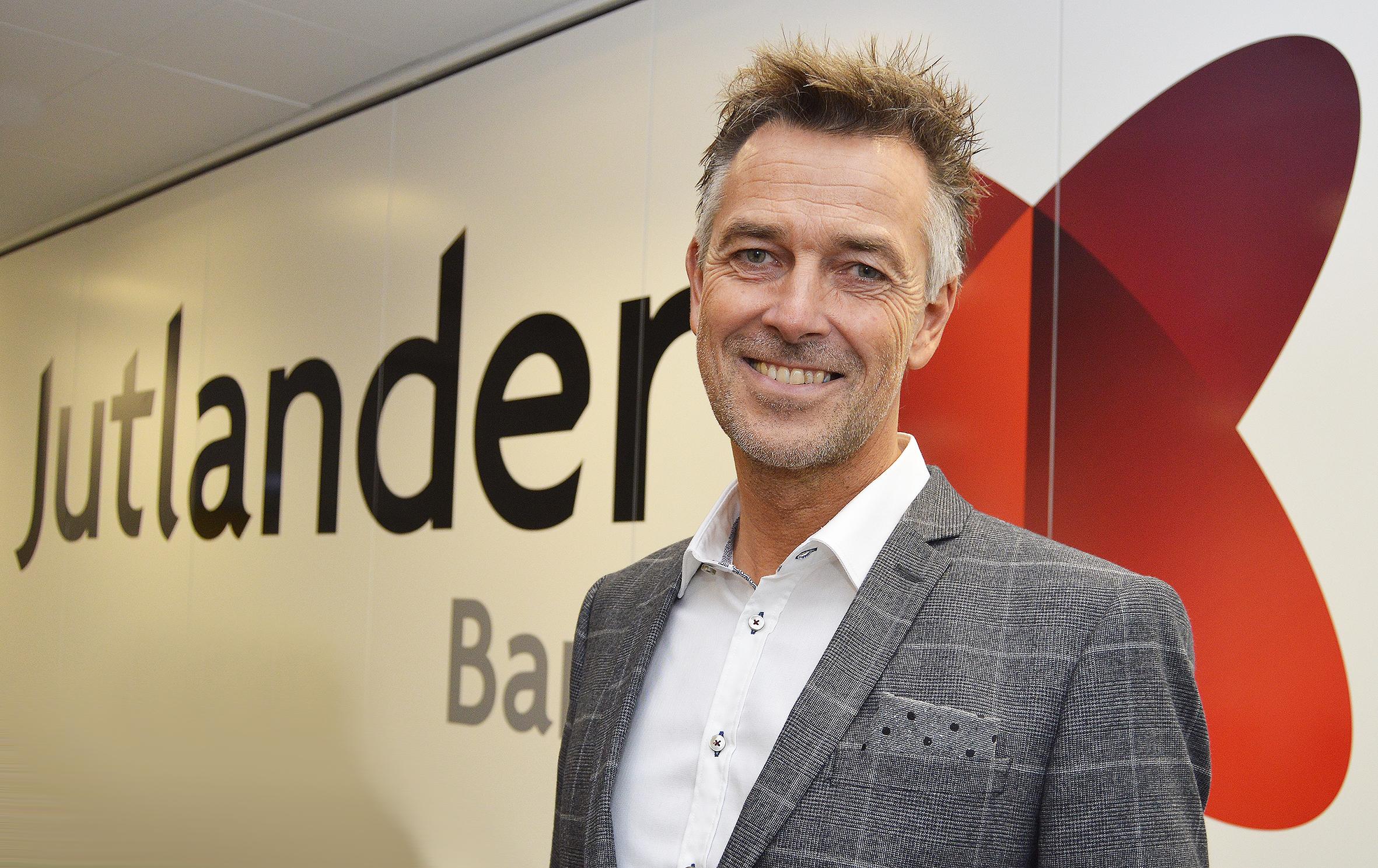 TIDLIGERE SPARNORD CHEF LØBER NY BANK I GANG I FREDERICIA