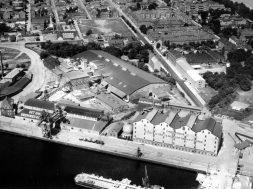 B203938 – Luftfoto 1955 havn Fredericia svovlsyre kaj