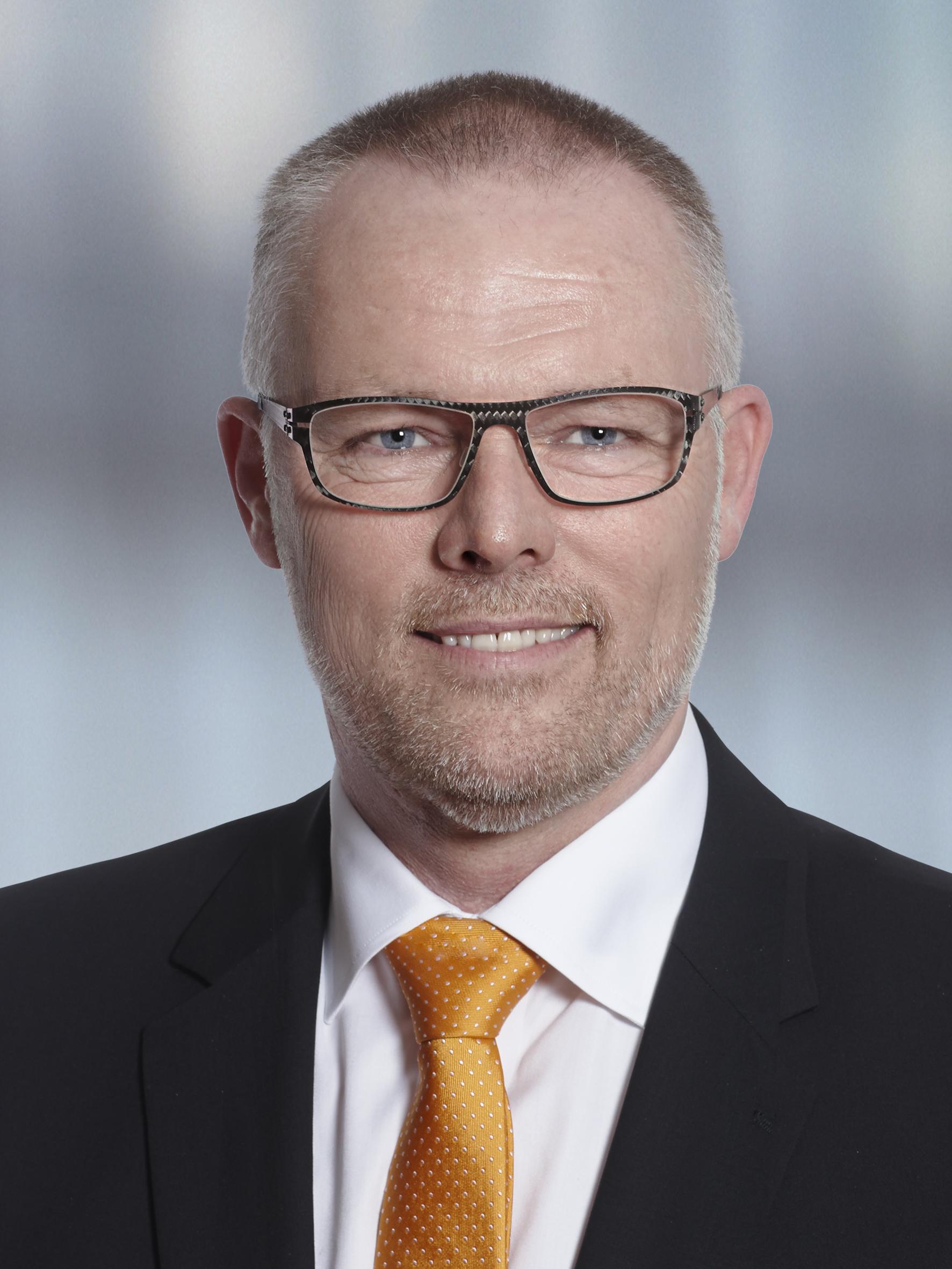 KOMMUNALDIREKTØR ER FRATRÅDT – PRIS 2.2 MIO KRONER