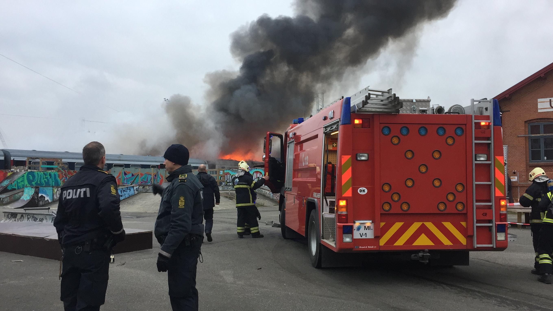 Afvarsling: Brand i togvogn ved Bangården i Fredericia