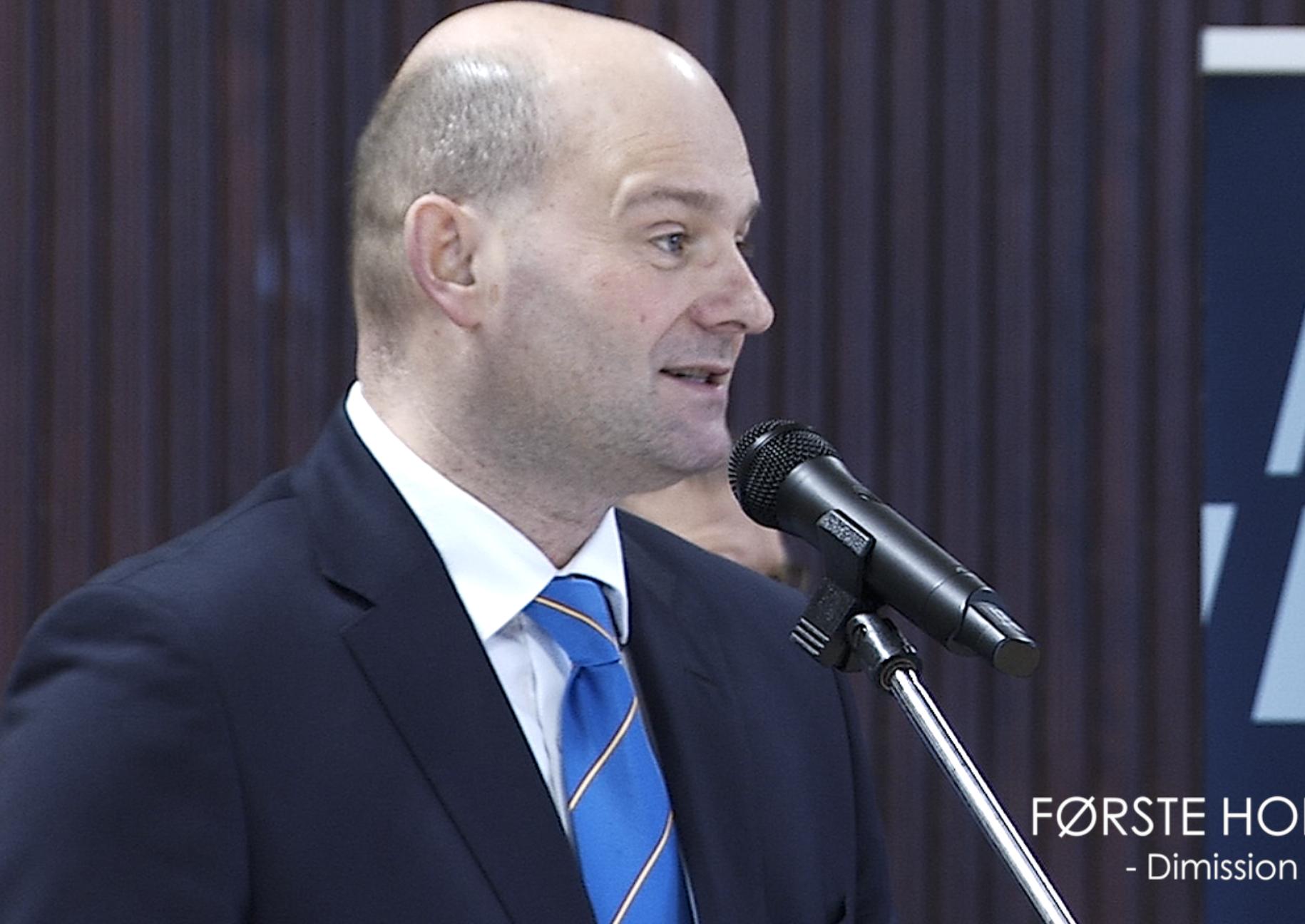 SE VIDEO : DIMISSION OG TALER PÅ POLITISKOLEN I FREDERICIA