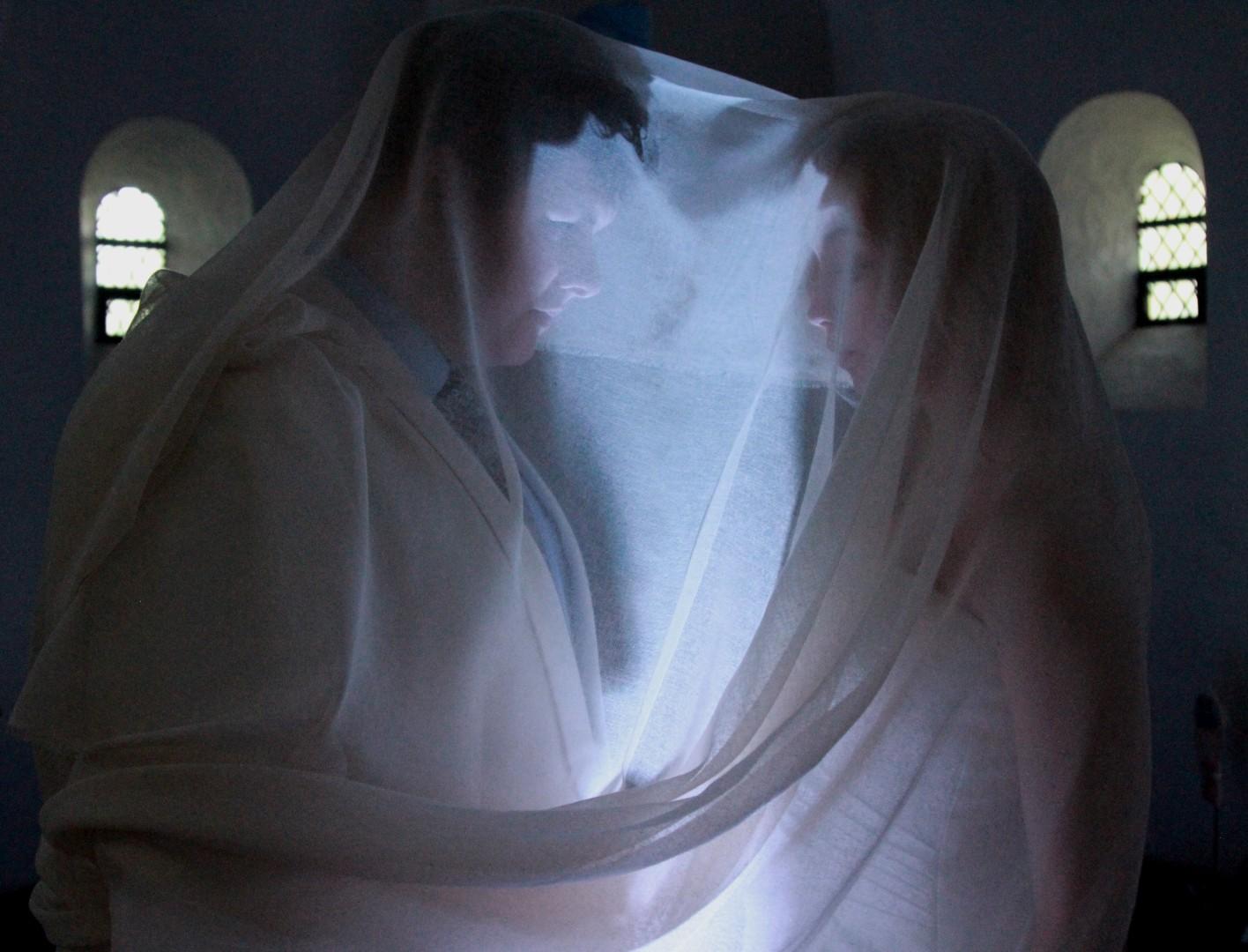 """Forestillingen """"Under Brylluppet"""" på Højskolen i Snoghøj"""