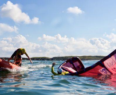 Livredder ved surfer