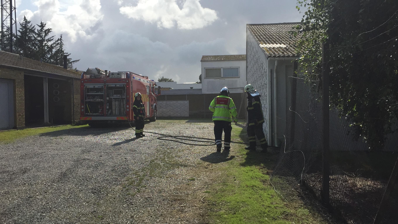 SE VIDEO : Brand i industribygning på Thrigesvej