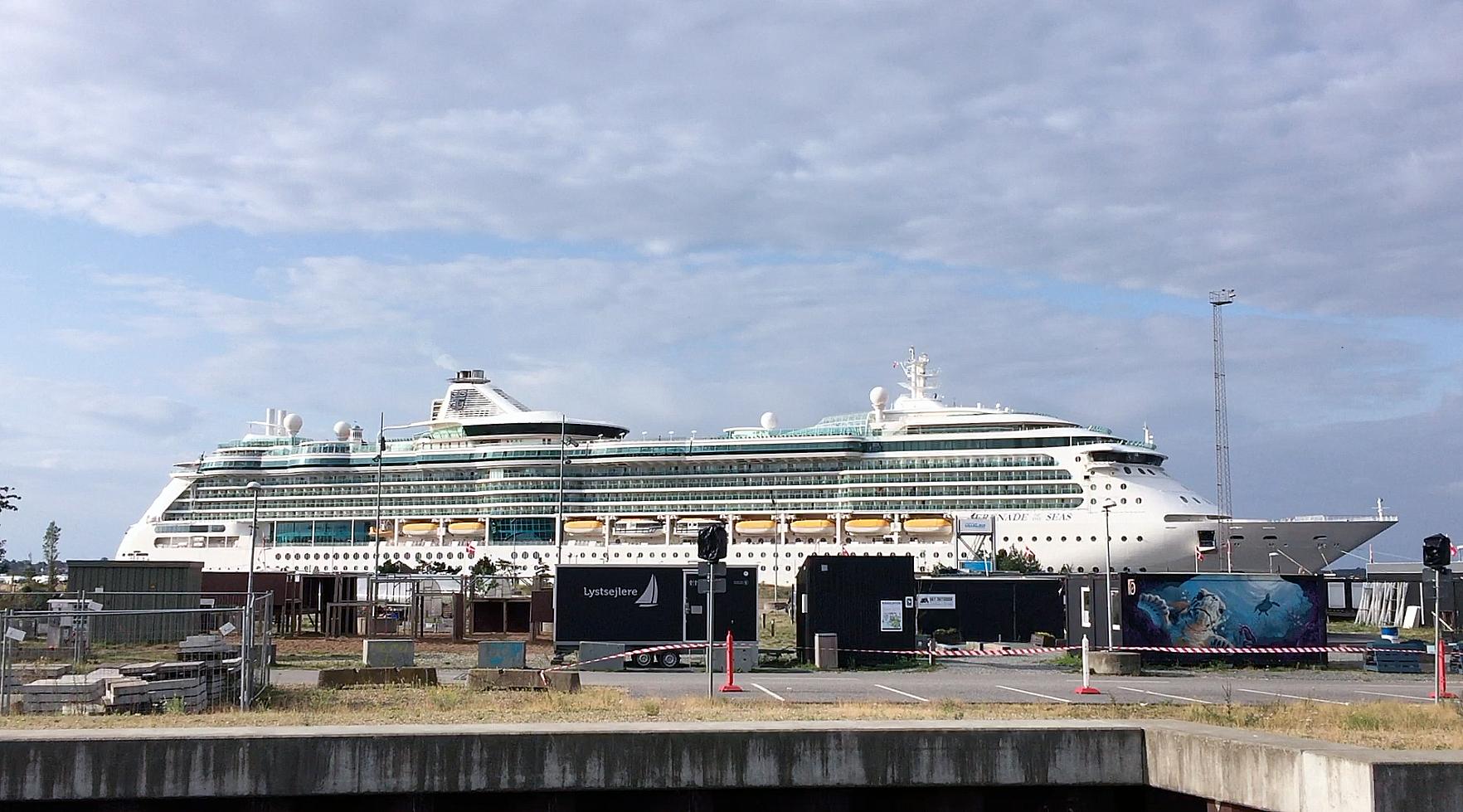 """""""Serenade of the Seas"""" & """"Amadea"""" har over 3000 gæster med til Fredericia"""