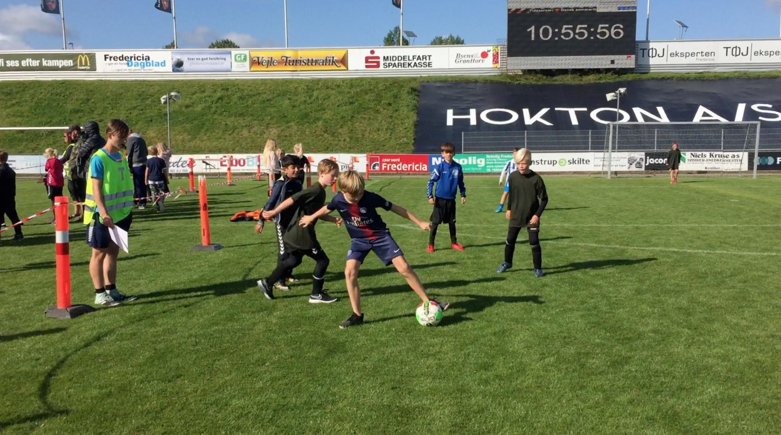SE VIDEO : AKTIV FREDAG SAMLEDE OVER 1000 BØRN