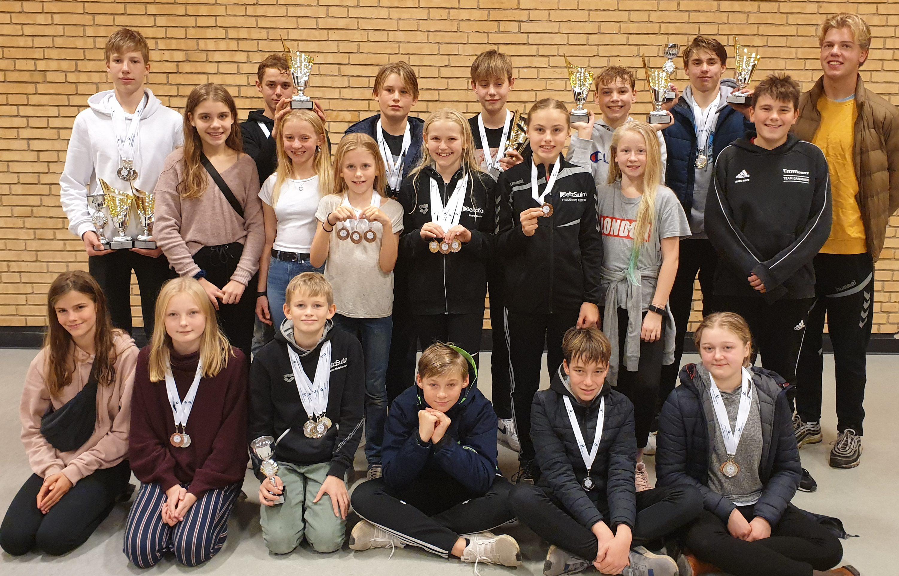 Region Syddanmarks Regionsmesterskaber for årgangssvømmere – DeltaSwim satte personlige rekorder