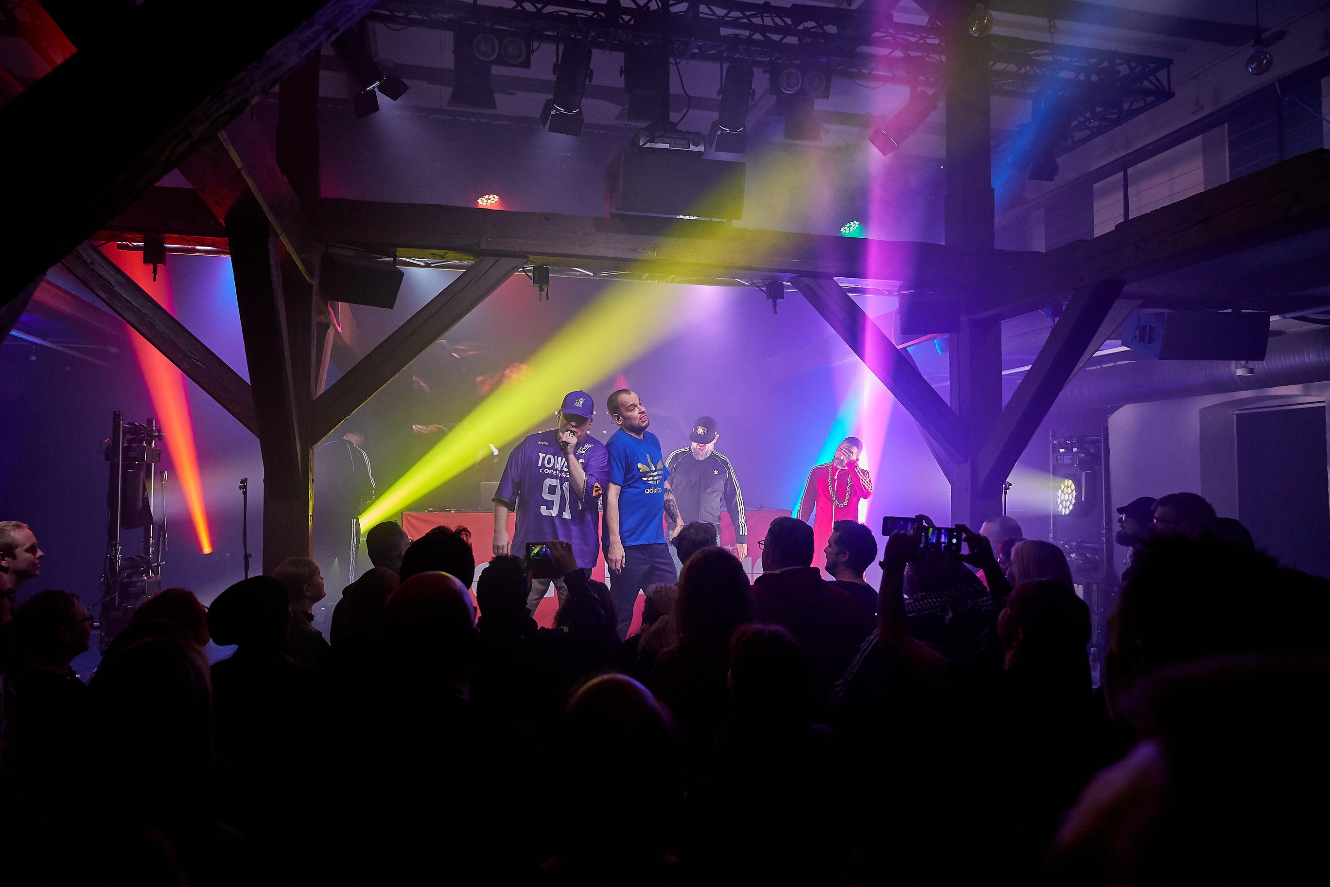 Se billederne: Rockers By Choice på scenen i Tøjhuset