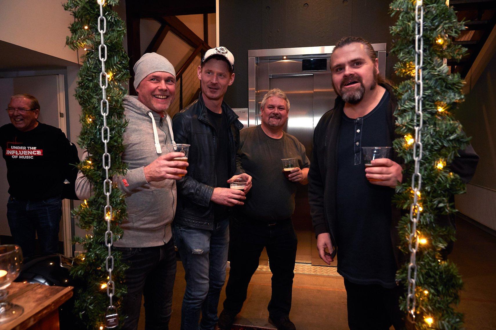 Se tv-indslag: Skrammelrockorkester fejrede sølvbryllup