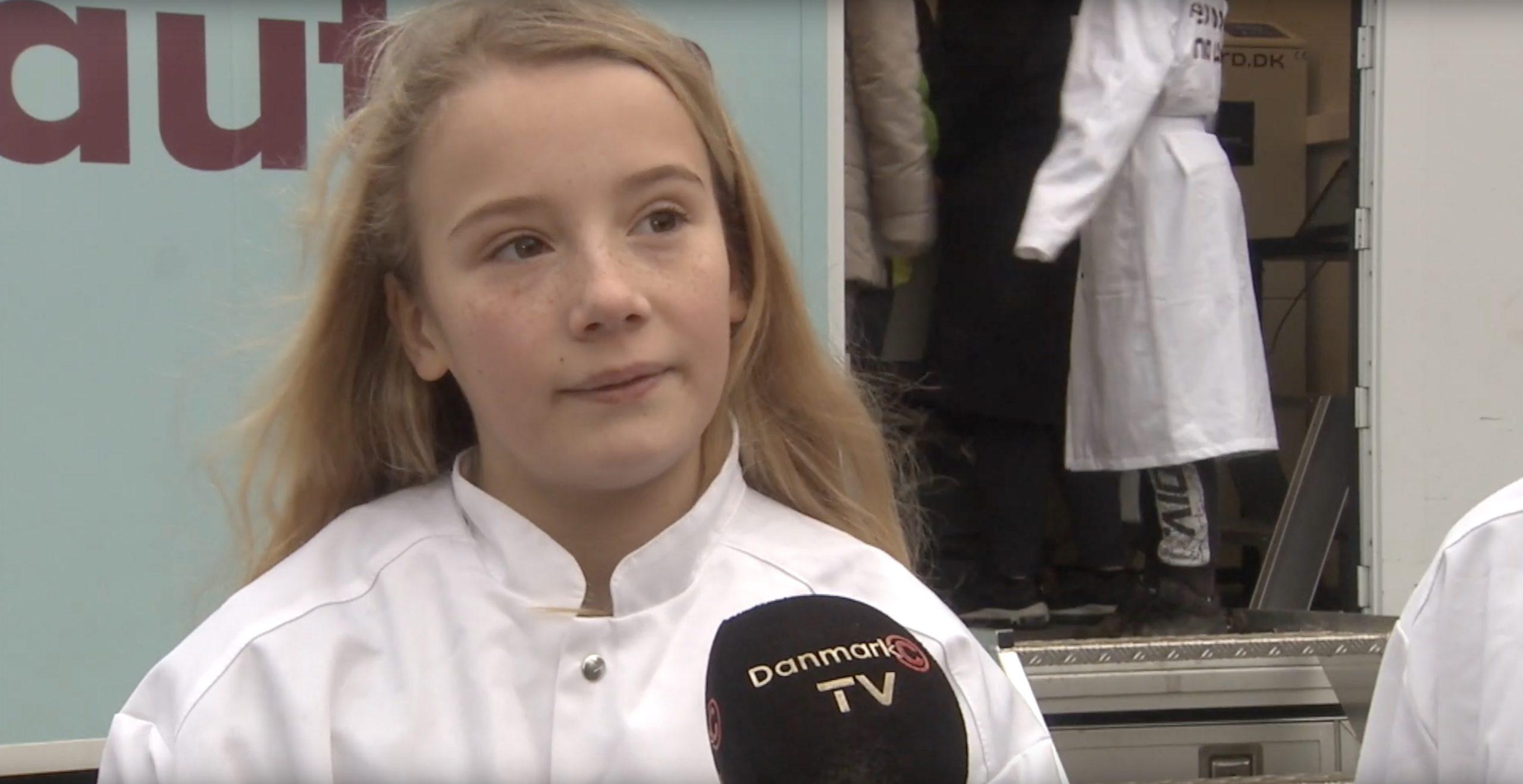Se tv-indslag: Skoleelever trak i forskerkitlen