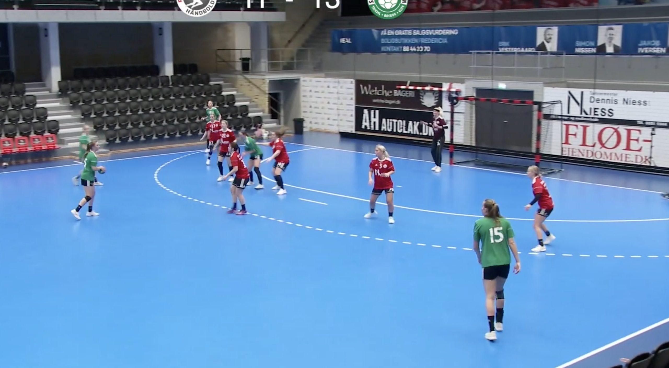 Se håndboldkamp: FHK damer V.s. Silkeborg Voel