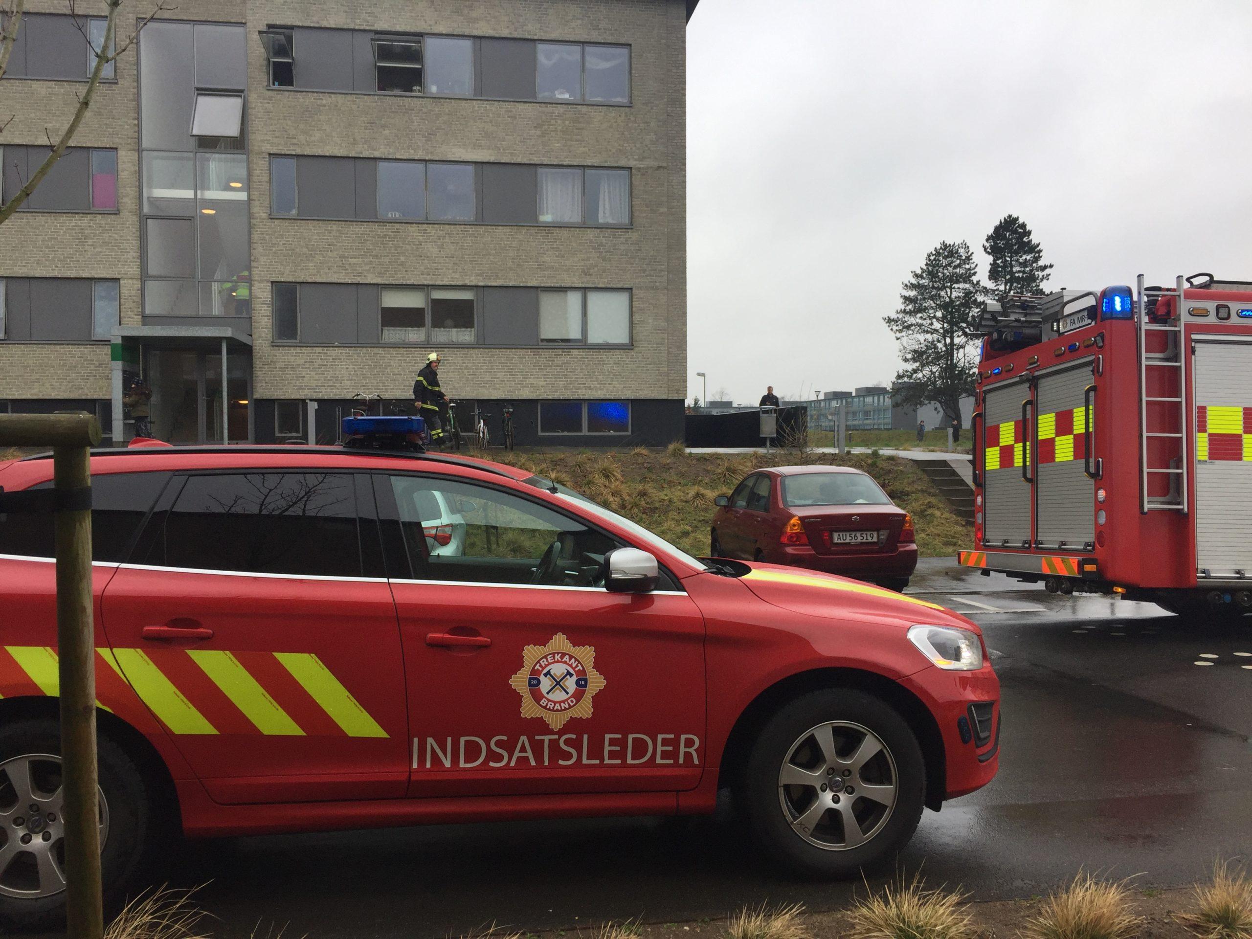 Brand i lejlighed i Korskærparken: Pludselig gik der ild i gryde