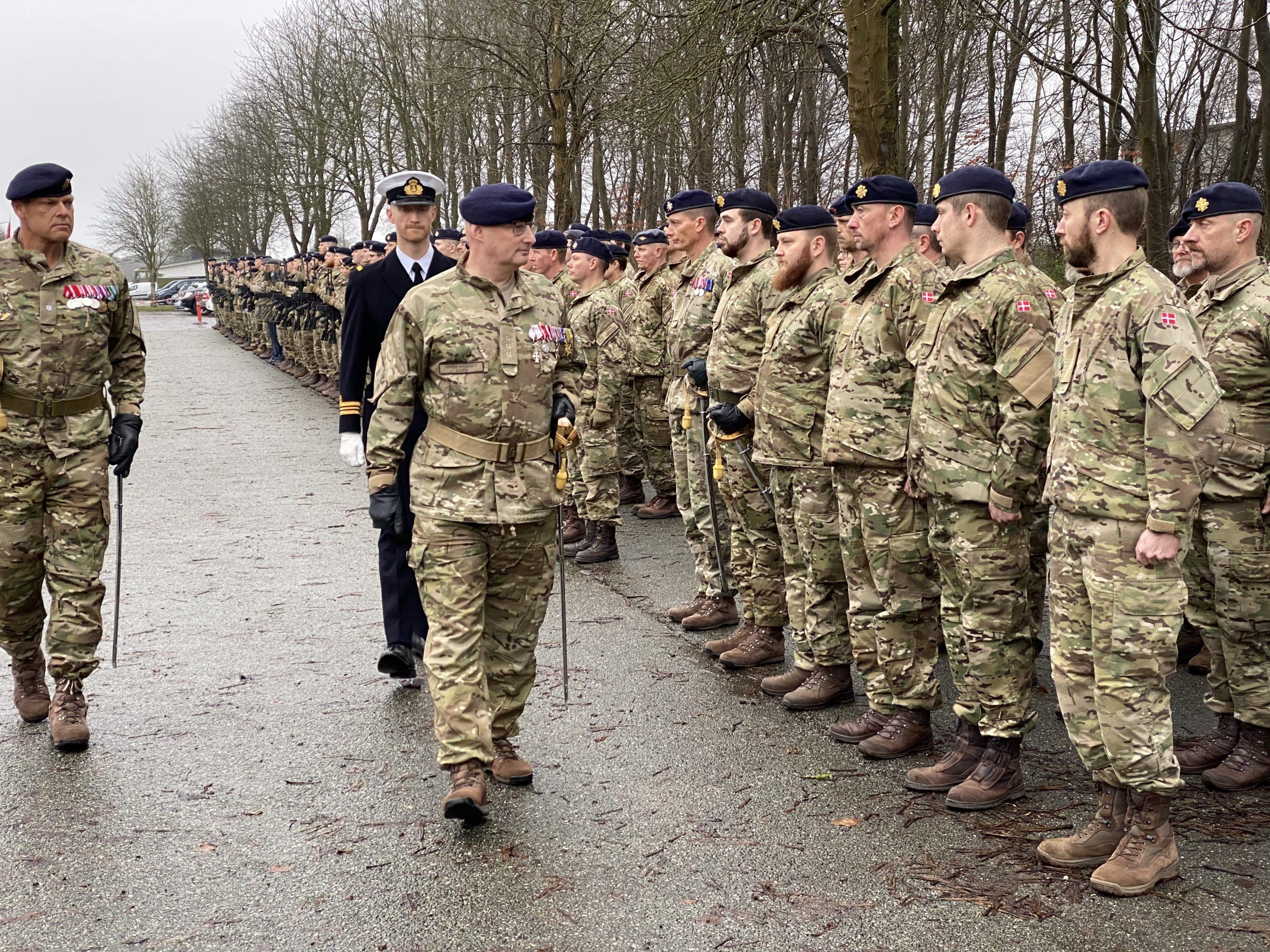 Oberst Søren Andersens tid i Føringsstøtteregimentet er forbi – mandag gav han kommandoen videre til Oberst Henrik Graven Nielsen