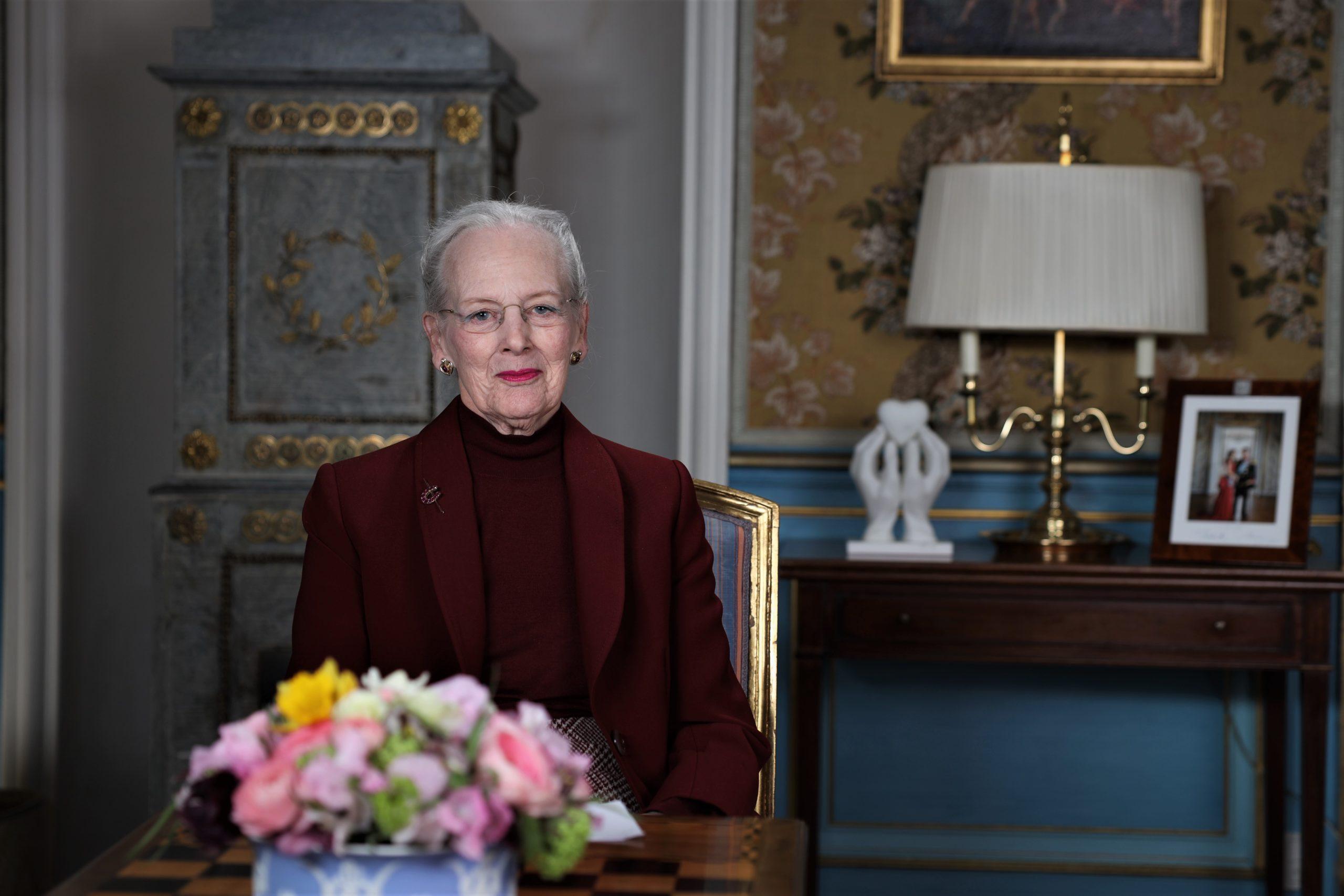 """H.M. Dronningen: """"Coronavirus er en farlig gæst """""""