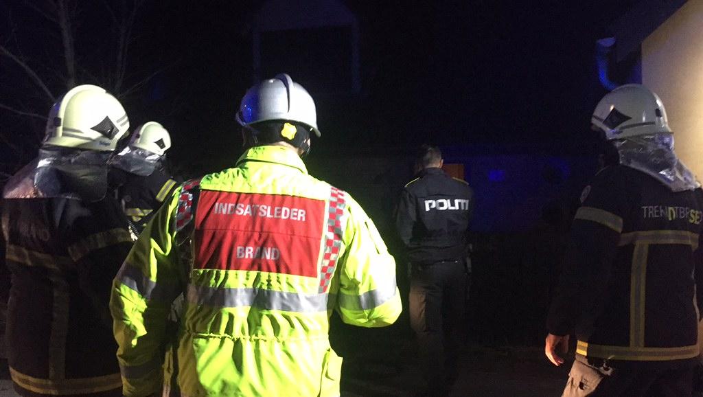 Se video: Brandvæsen kaldt til ild i villa på Krügers vej