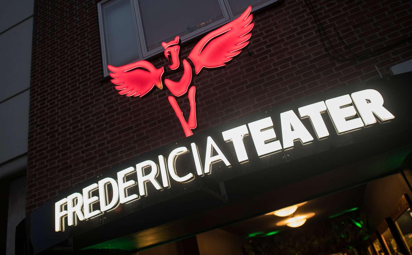Hvad skete der i virkeligheden med Fredericia Teater?