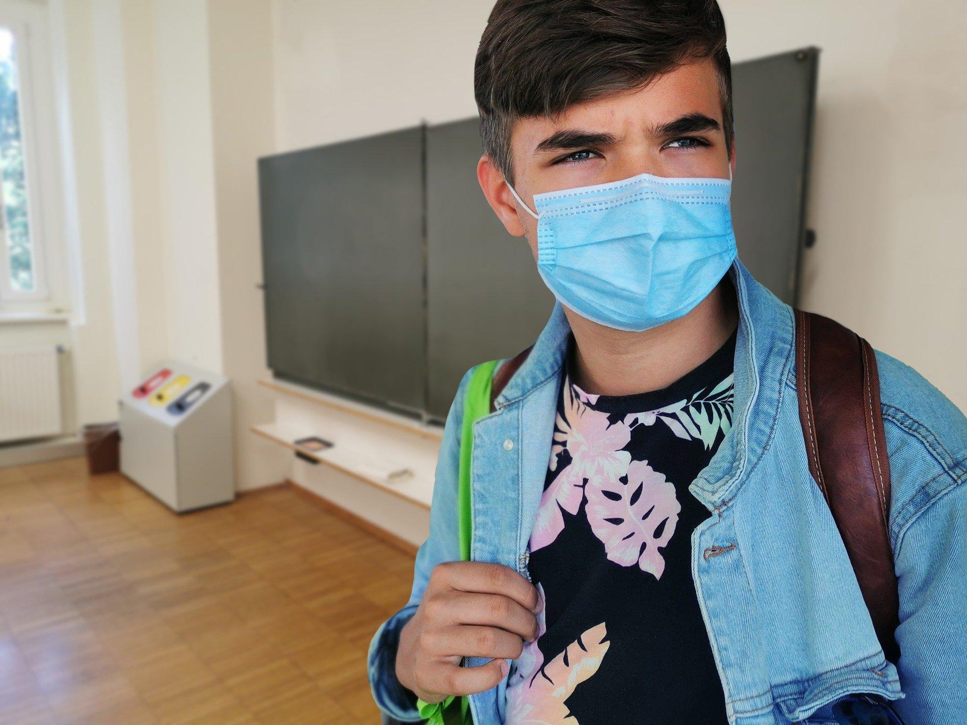 Nu skal masker bruges langt oftere på sygehuse, plejehjem og ved lægen