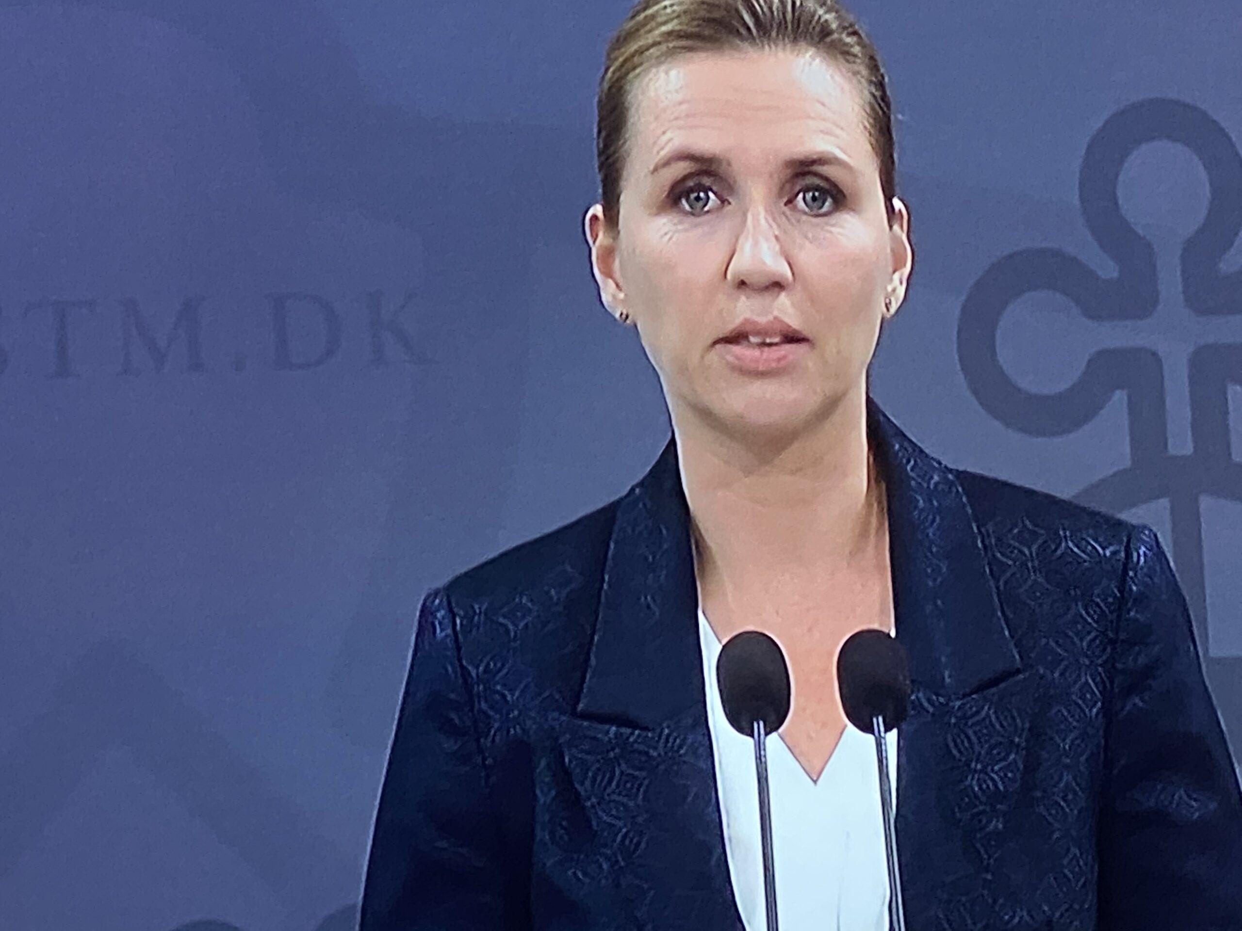 Statsministeren: Forsamlingsforbud nedsættes til 10 personer