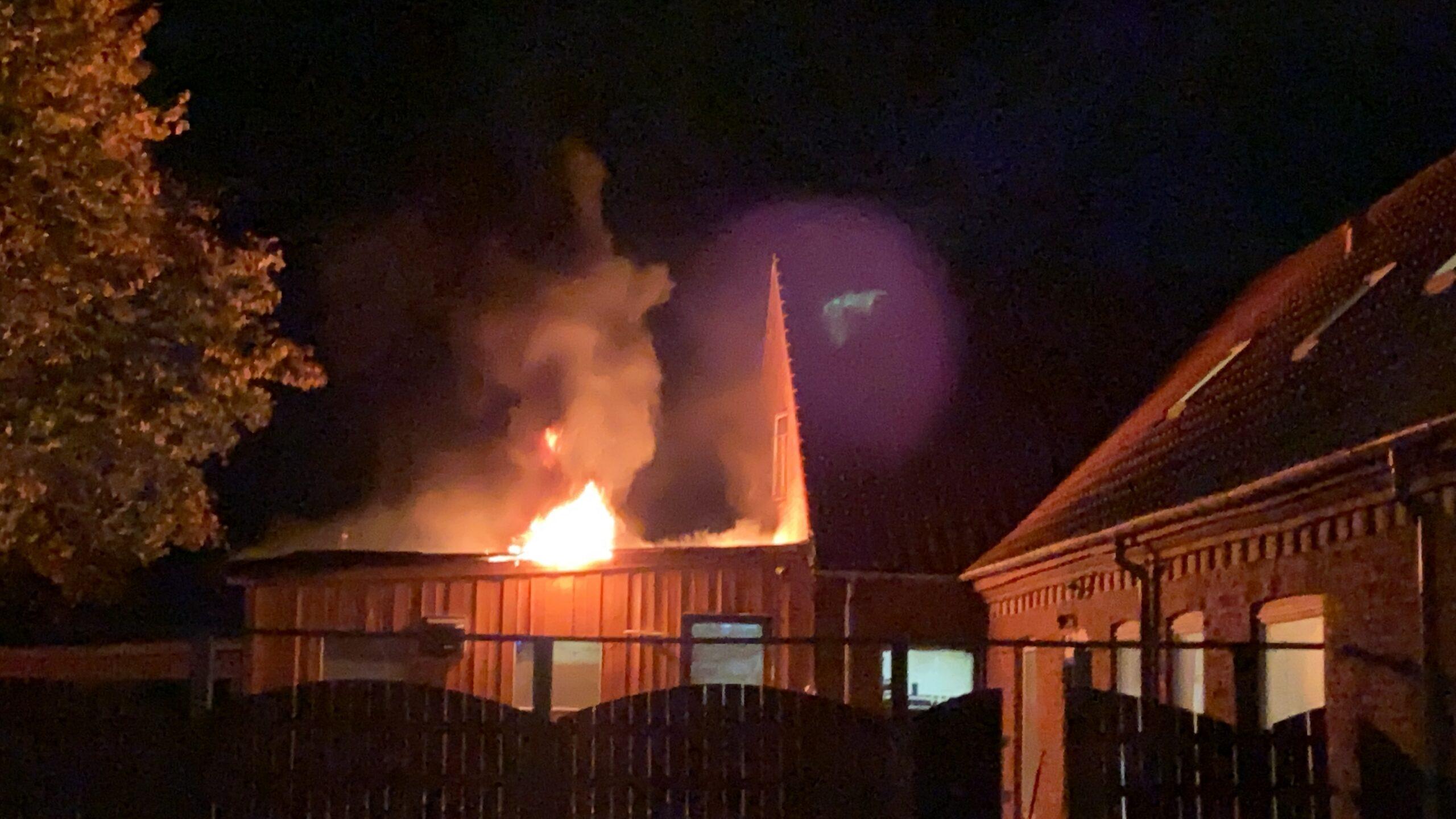 Brandvæsnet kaldt til brand på Stoustrupvej
