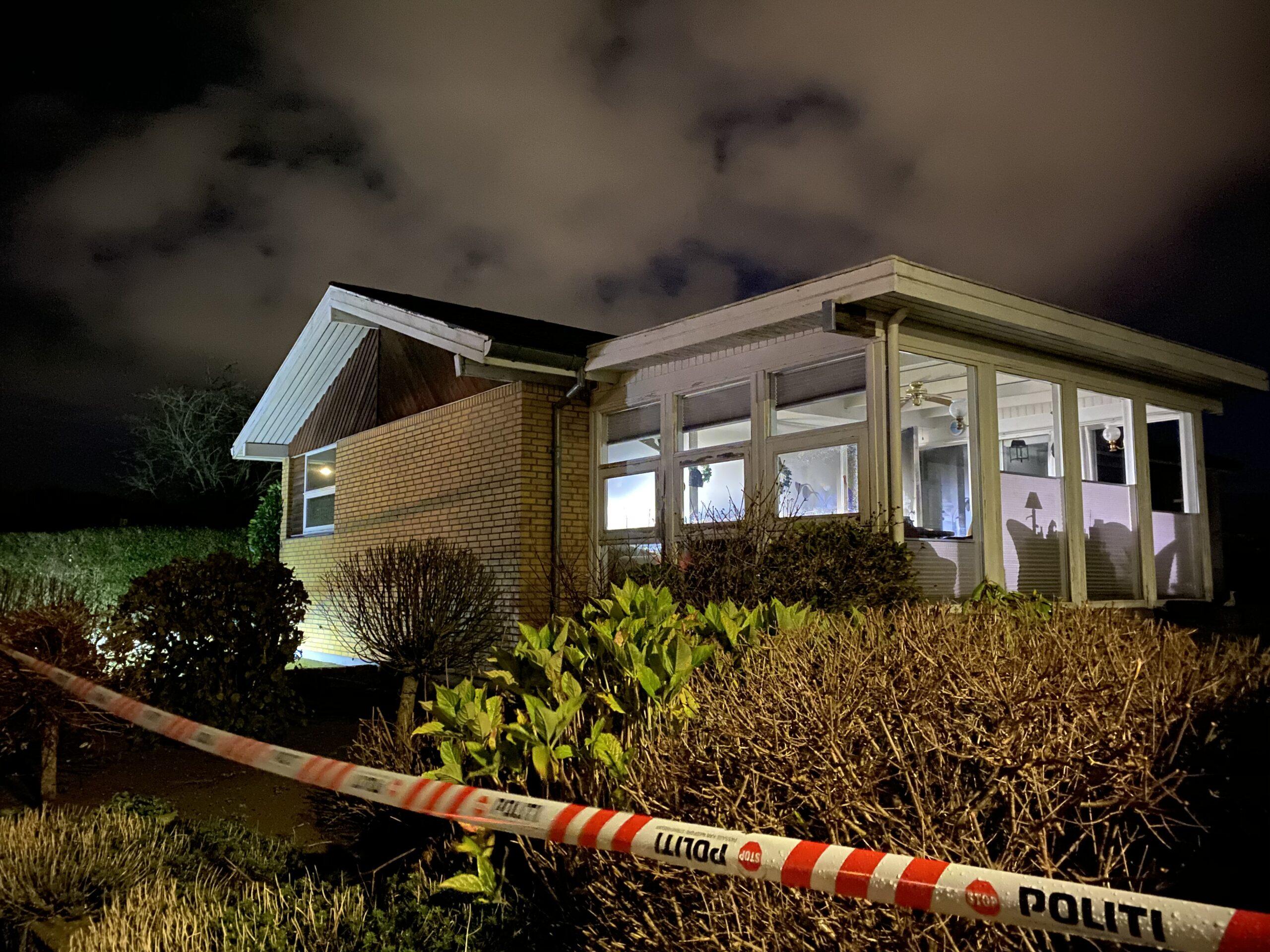 Tragisk dødsbrand: 80-årig død i forbindelse med villabrand i Erritsø