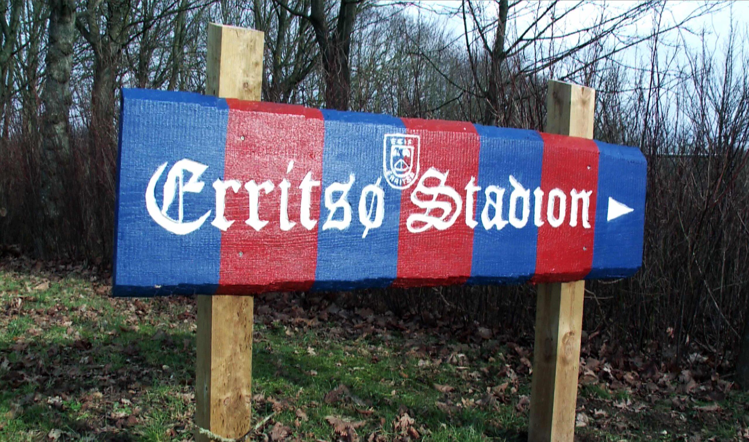 På mandag triller boldene igen på Erritsø Stadion