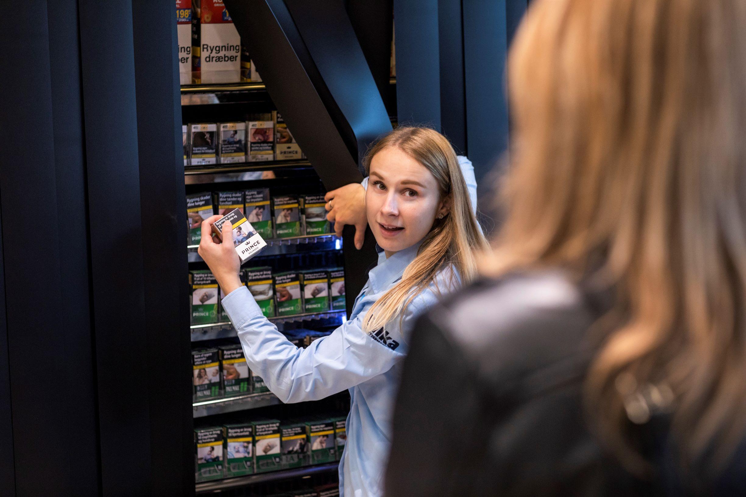 Nu gemmes tobakken væk i alle butikker: I føtex, Bilka og Netto har det resulteret i 116 mio. færre solgte cigaretter